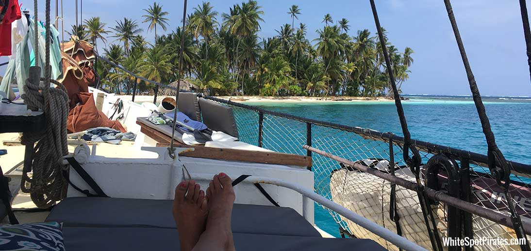 relaxing in san blas on Joana