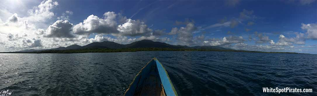 San Blas Adventures: crusing towards mainland